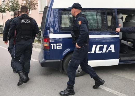 Policia i sekuestron pasurinë dy shtetasve të huaj, kishin apartamente në mes të Tiranës, makina luksoze dhe toka në Radhimë