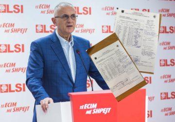 Vasili: 25 prilli ka rënë, numëruesi i PS-së në Gjirokastër u caktua në komision edhe pse erdhi nga Greqia pas ndalimit nga Komiteti i Ekspertëve